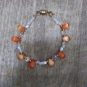 Jewelry - Beaded bracelet